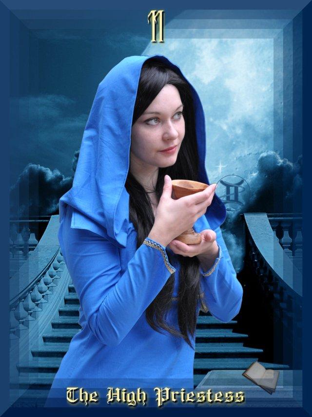 high_priestess_v2_by_gemsnake_ii-d4bmnek