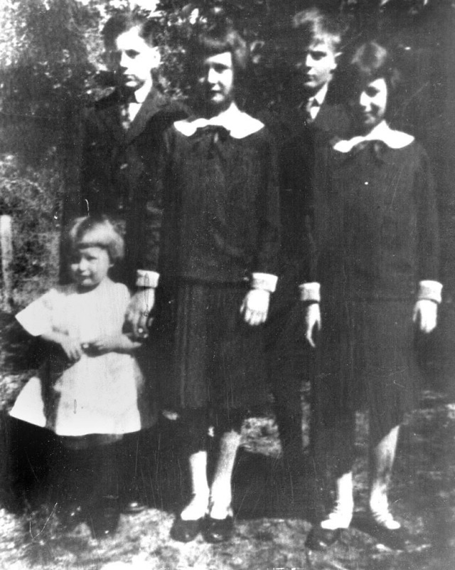 Rosamonds 1925 Rosemary, June & Bonnie, Harold & Bob Kelly b