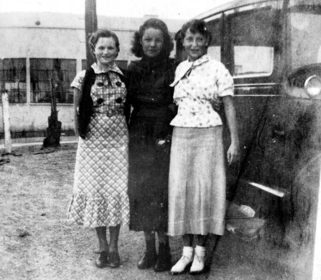 Rosemary 1935 Margaret Manchester (left), Barbara Meeks(cntr