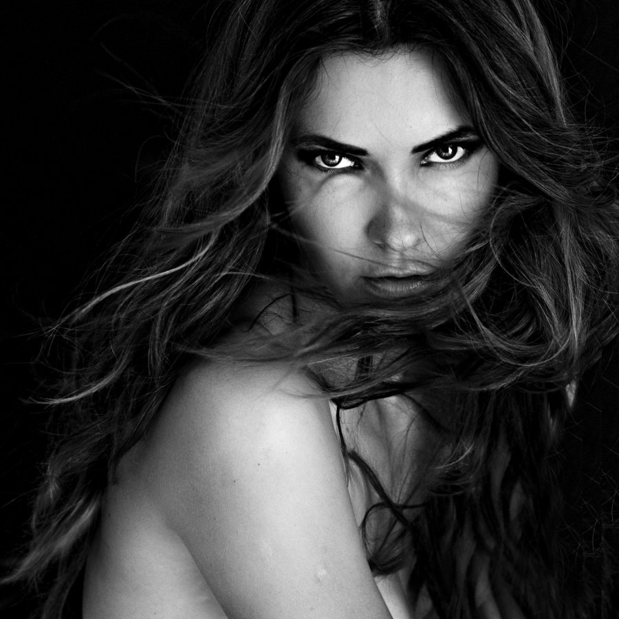 femme_fatale_by_lauradk-d428clc