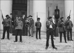 black-panthers-seattle-1969-armed-on-capitol-steps