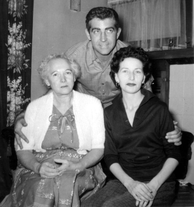 Prescos 1956 Melba, Vic & Rosemary