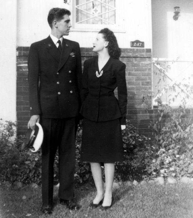 Prescos 1944 Vic & Rosemary nee Rosamond 1