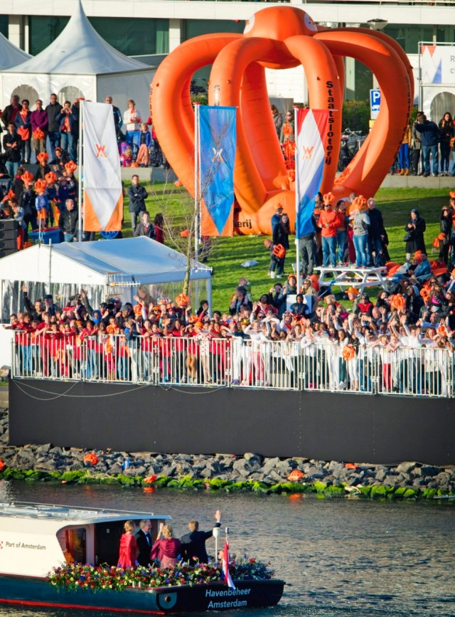 Water Pageant - Queen Beatrix Abdication and King Willem Alexander Investiture