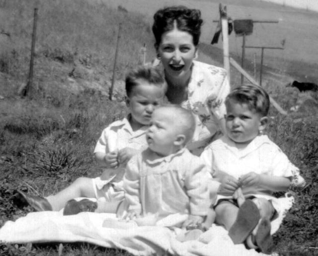 prescos-1947-greg-christine-rosemary-mark-copy