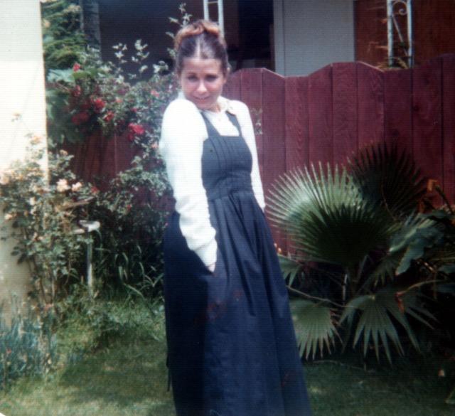 christine-1975-at-glendon-house-3