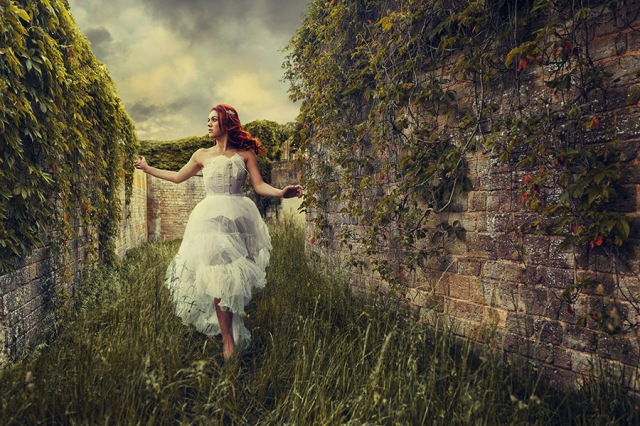 labyrinth-david-bowie-model-photo-shoot-blenheim-palace-2