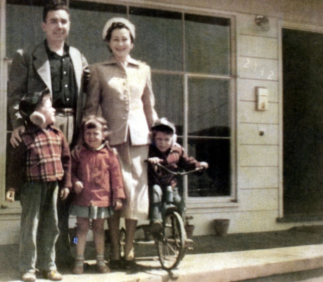 Prescos 1951 Greg, Christine, Mark, Vinnie & June Rice (rear