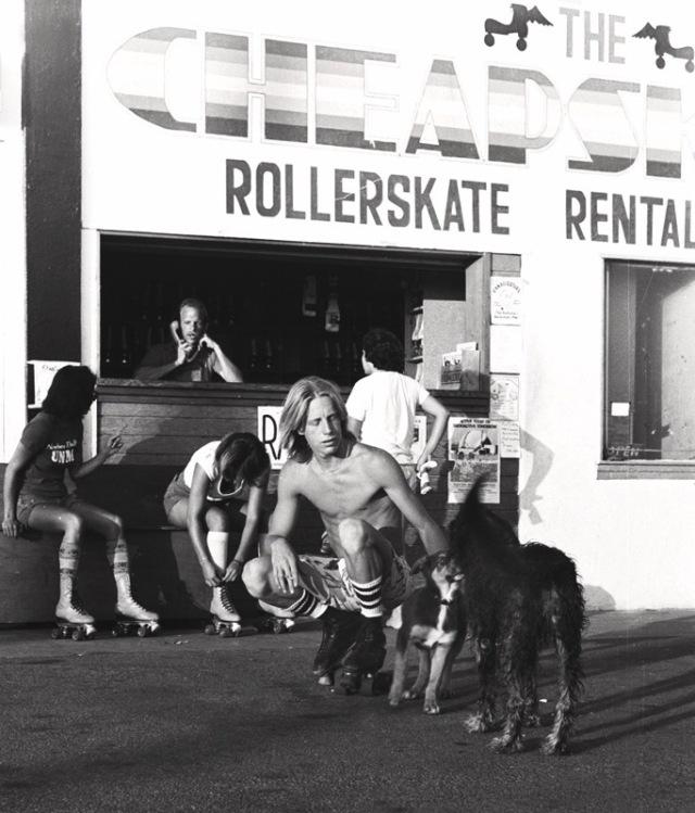 vintage-venice-beach-rollerskate