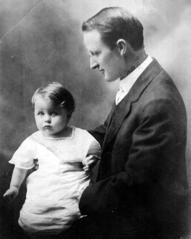 Rosamonds 1915 Frank & Bonnie